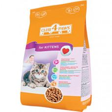 Корм для котят «Клуб 4 Лапы» с курицей и витаминами 5 кг