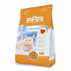 Корм для кошек «Клуб 4 Лапы» профилактика мочекаменной болезни